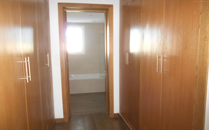 ea_appartement_en_location_situ______souissi_agenc